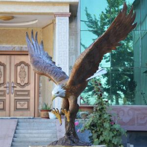 Large Flying Bronze Eagle Statues Wholesale from China Factory BOKK-601