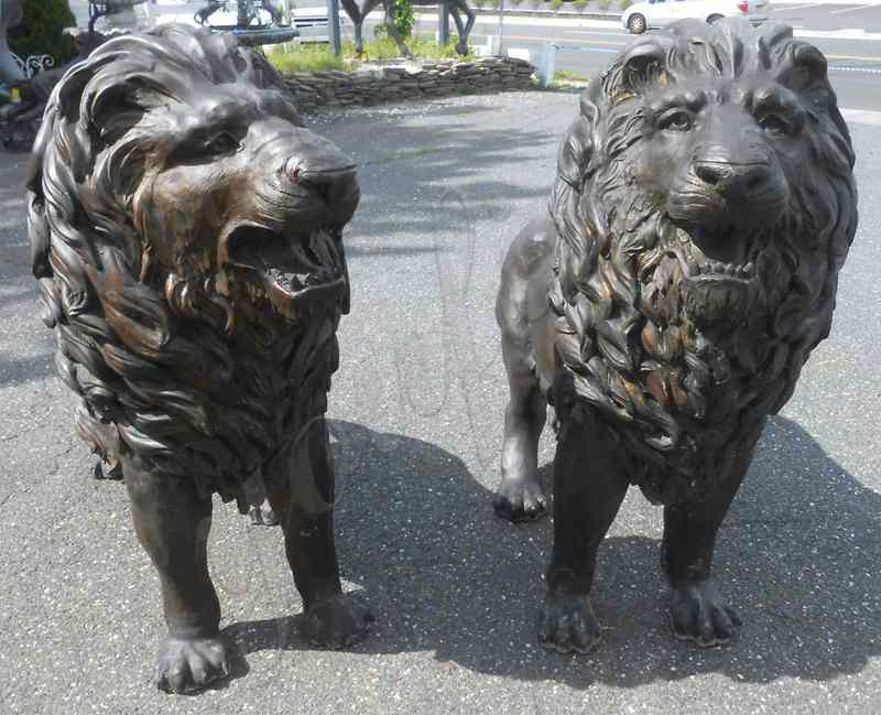 Custom Made Outdoor Life size bronze Lion Statues