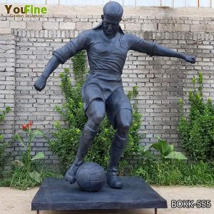 Custom Made Life Size Bronze Man Playing Football Statue for Sale BOKK-555