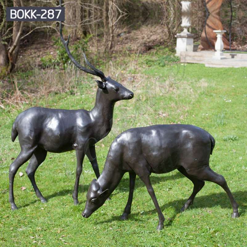 Outdoor Bronze Doe and Deer Statue for the Yard Factory Supply