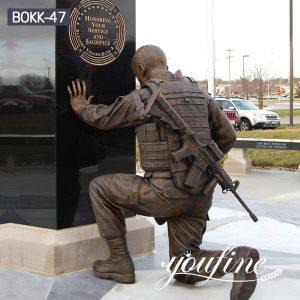 Kneeling Bronze Soldier Sculpture Memorial Hero Manufacturer BOKK-47