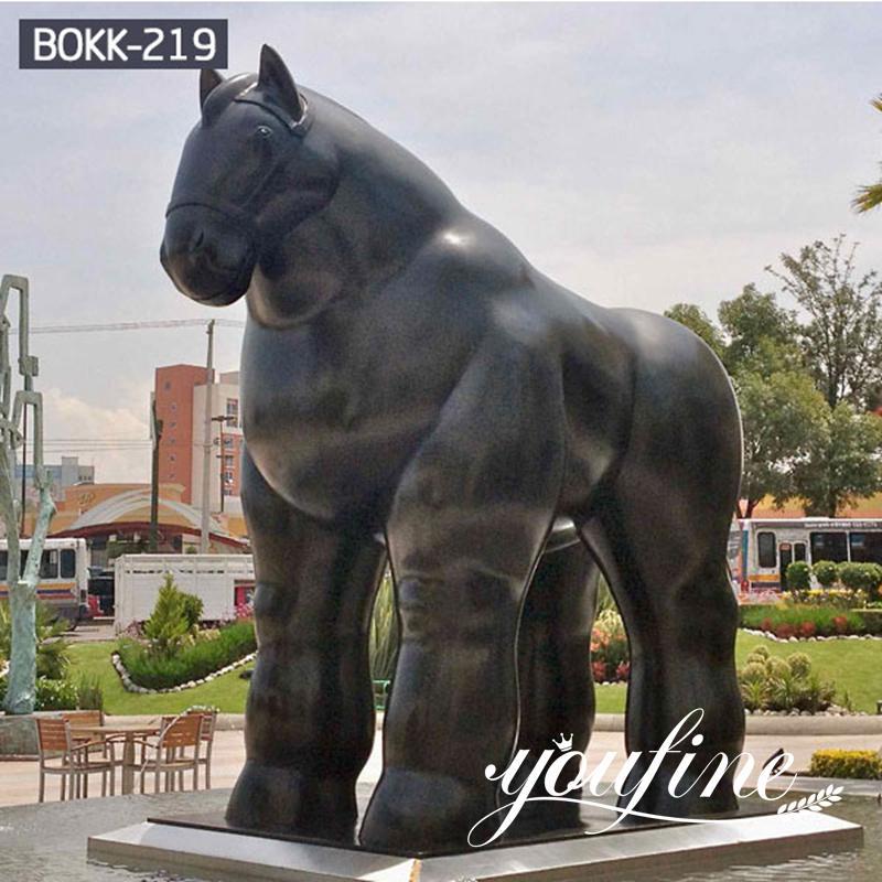 Fernando Botero Bronze Fat Man Sculpture Supplier BOKK-219 (2)